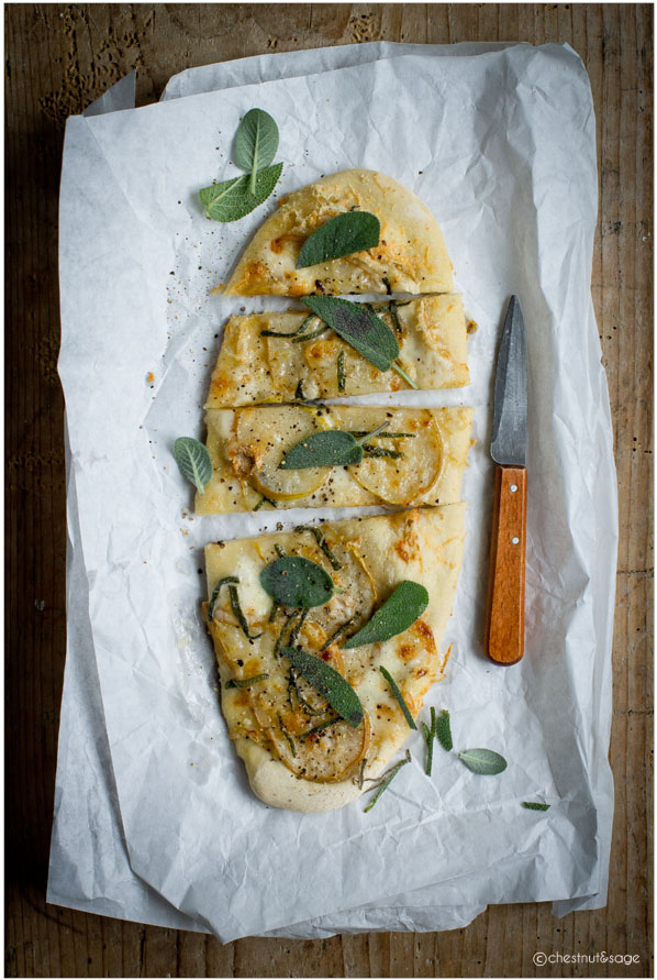Pizza with pears and taleggio | chestnutandsage.de
