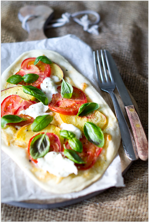 Pizza with peaches and tomatoes | chestnutandsage.de